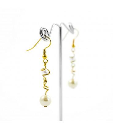 Korálky Janka náušnice bílá perla s klíckou