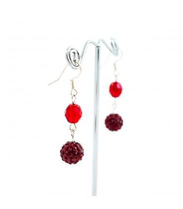 Korálky Janka náušnice s třpytivými červenými kamínky