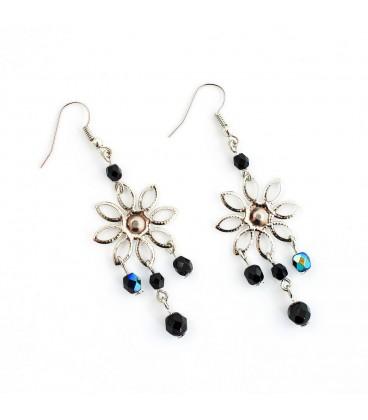 Korálky Janka náušnice černé s květinou I