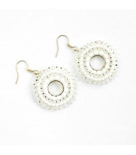Korálky Janka náušnice bílé kruhy s háčkem
