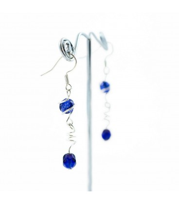 Korálky Janka náušnice tmavě modré s klíckami